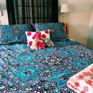 urban outfitters duvet set. Perfect condition ✨🌸